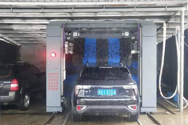 广西省玉林市别克4S店往复式5刷洗车机安装案例