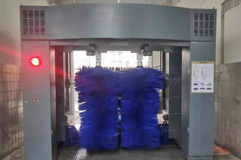 陕西西安市雁塔区往复式洗车机安装调试完毕