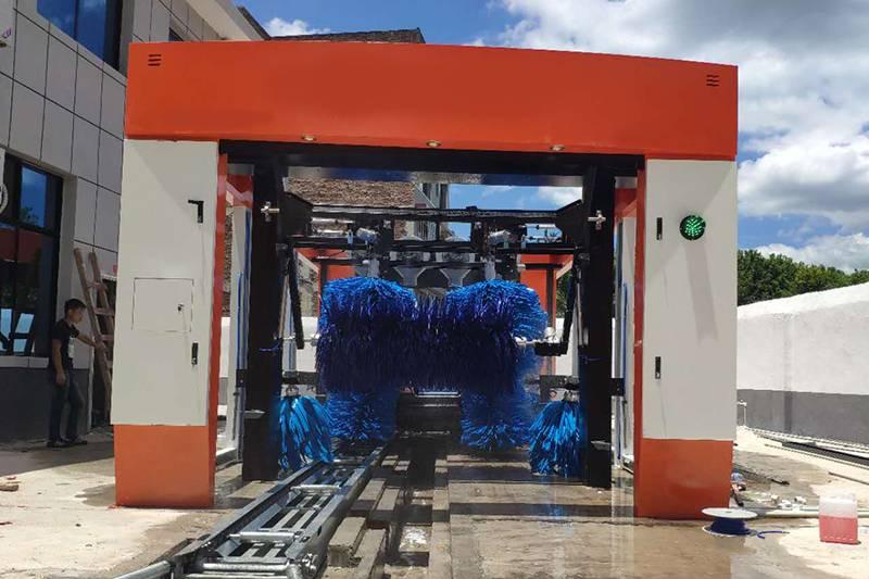 湖南邵阳隧道式9刷洗车机安装案例