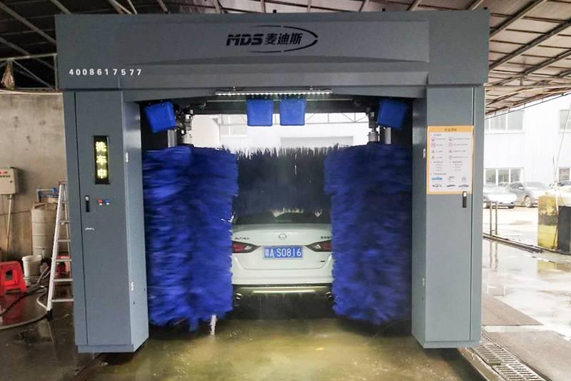 海南海口市往复式洗车机安装案例