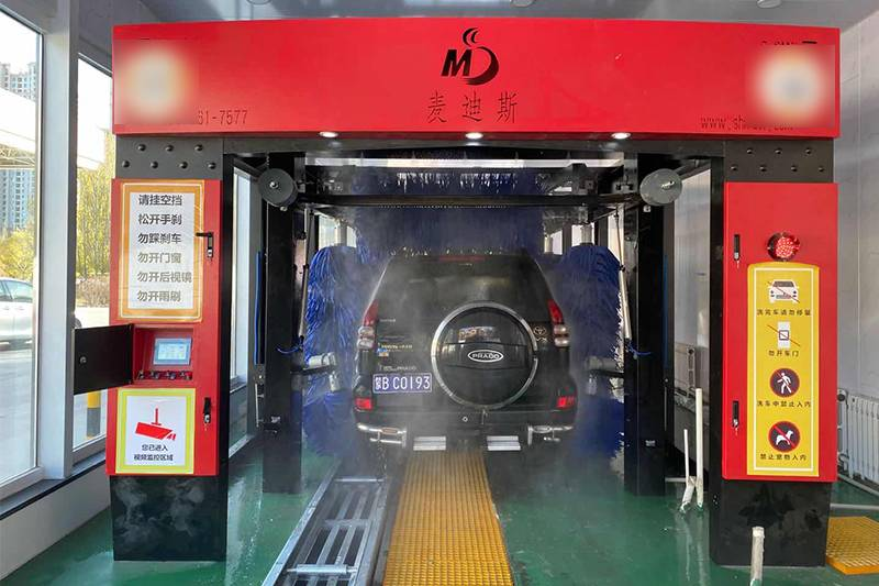 內蒙古中國石油麥迪斯隧道式洗車機安裝案例