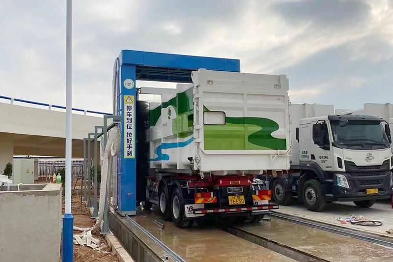 广西柳州往复式大巴洗车设备安装案例