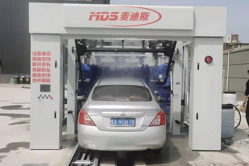 隧道式洗车机安装案例