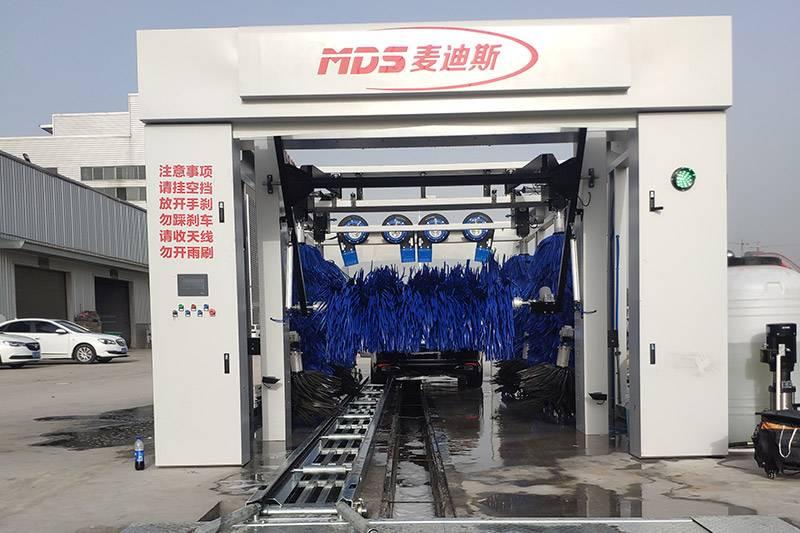 全自动隧道式洗车机安装案例