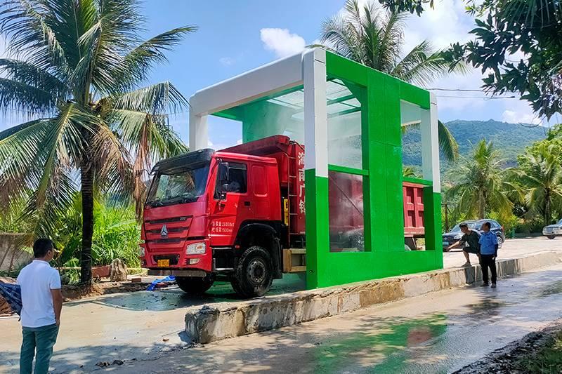 海南省大涯區通道式洗車機